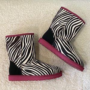 UGG 10 NEW Classic Short Exotic Zebra Boots NIB